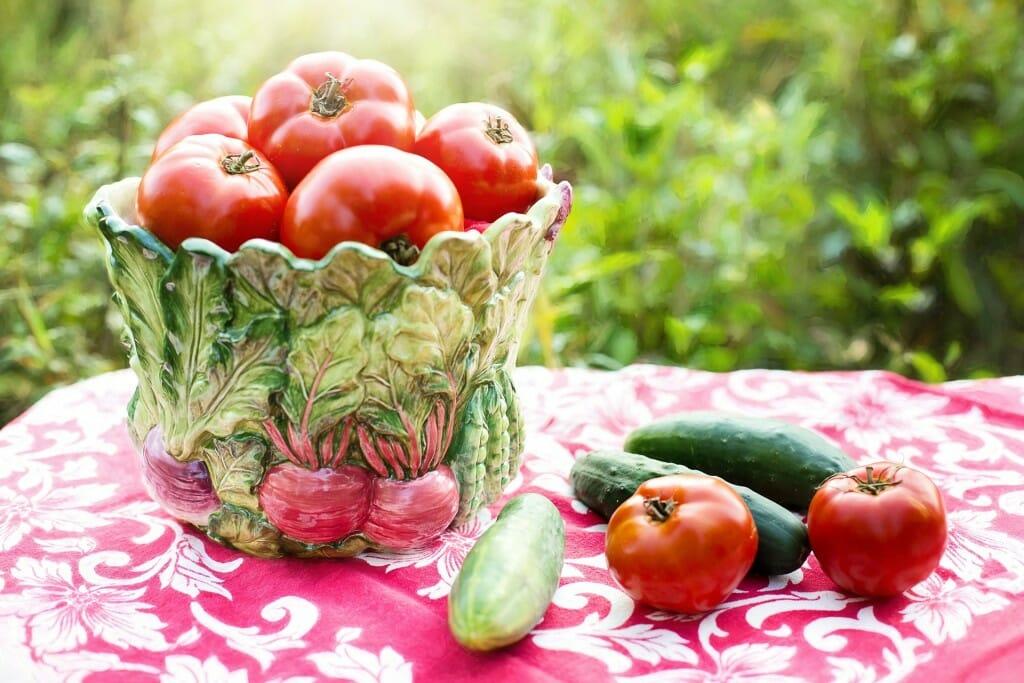 tomatoes-929234_1920