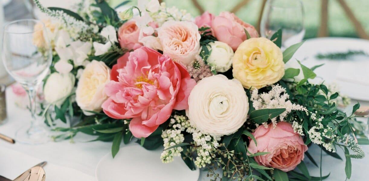 Centros de mesa con flores centros de mesa de flores - Centros de rosas naturales ...