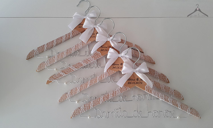 Perchas personalizadas para tu boda