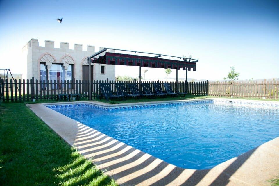 jardin-piscina
