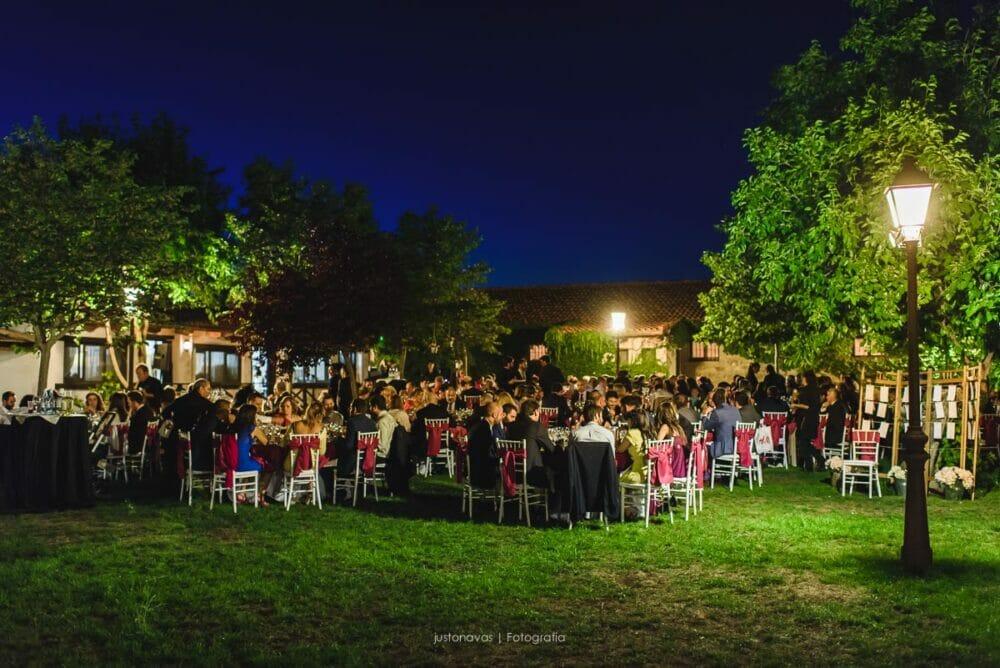 boda-patio-de-angela-valdemorillo-justo-navas-fotografia-21
