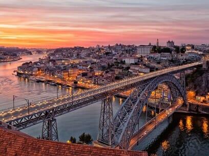 Oporto-Puente-Don-Luis-I-al-atardecer